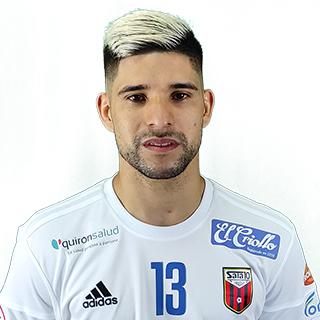 A. Claudino