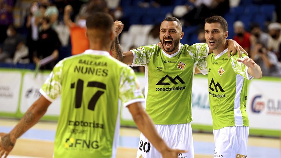 Los jugadores de Palma Futsal celebran un tanto