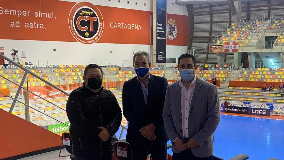 Miguel Ángel Jiménez, Javier Lozano y Juan Giménez en el Palacio de los Deportes de Cartagena.