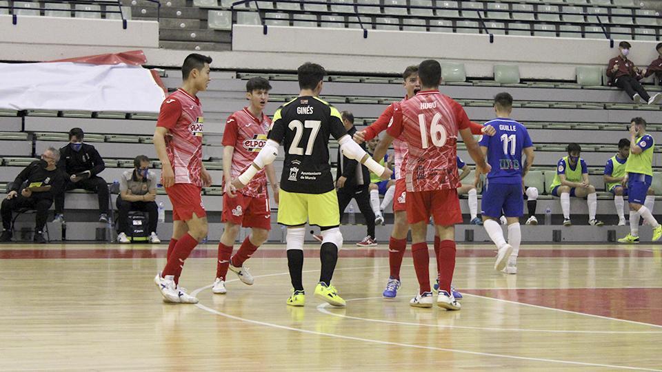 Los jugadores de ElPozo Ciudad de Murcia celebran un gol.