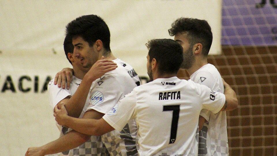 Los jugadores del Rivas Futsal celebran un gol.