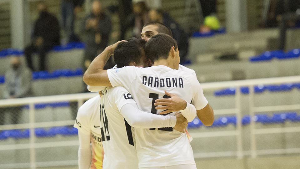 Los jugadores de Industrias Santa Coloma festejan un gol.