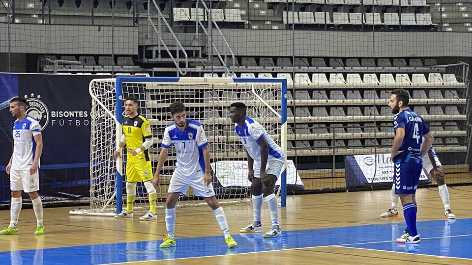 Los jugadores de O Parrulo Ferrol celebran un gol (Fotografía: Mijanphoto)