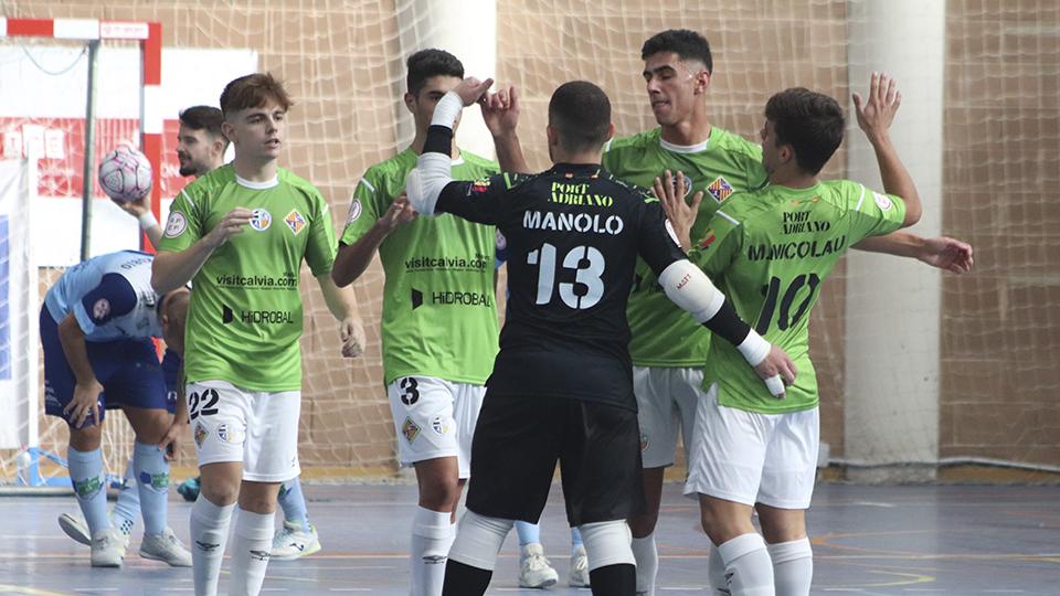 Los jugadores del Visit Calvià Hidrobal celebran un gol.