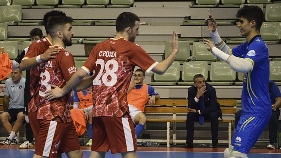 Los jugadores de ElPozo Ciudad de Murcia celebran un gol