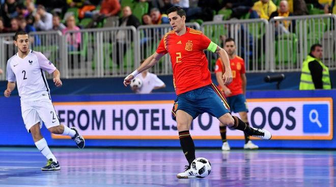 Carlos Ortiz, capitán de la Selección española