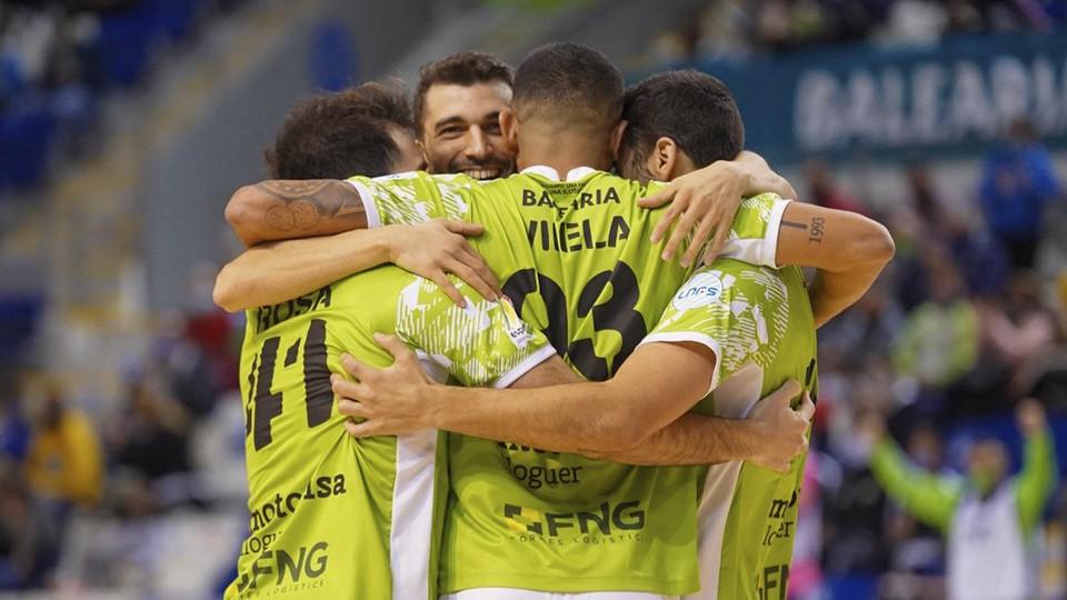 Los jugadores del Palma Futsal celebran un tanto