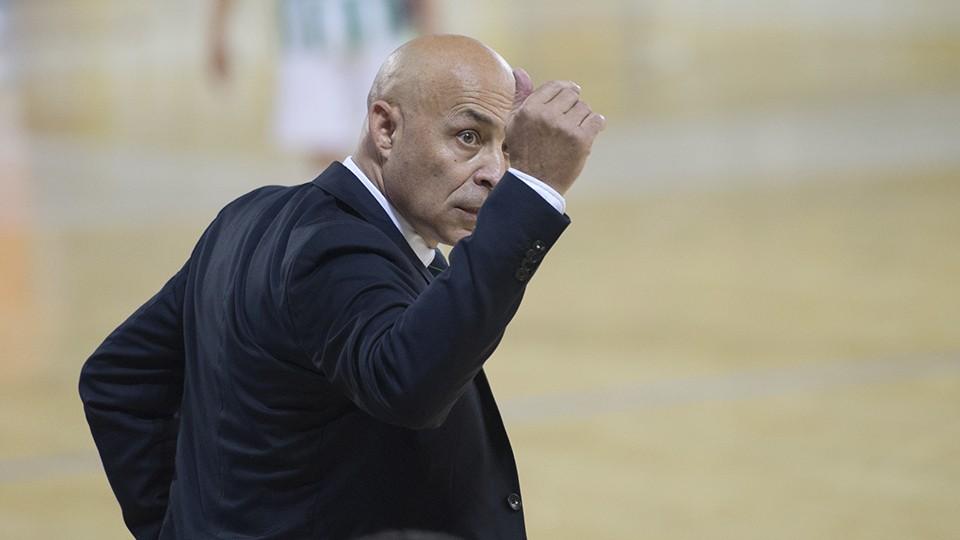 Juanito, entrenador del Real Betis Futsal.