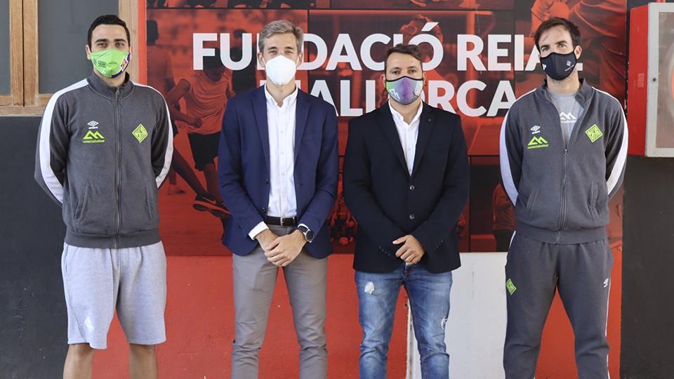 El Palma Futsal colabora con la campaña de recogida de alimentos del RCD Mallorca