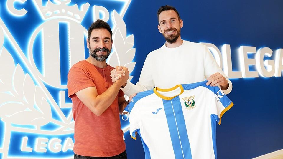Andrés Parada, director deportivo del CD Leganés FS, junto a Borja Blanco.