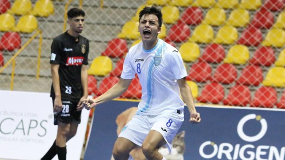 Román Alvarado, nuevo jugador de la Unión África Ceutí.