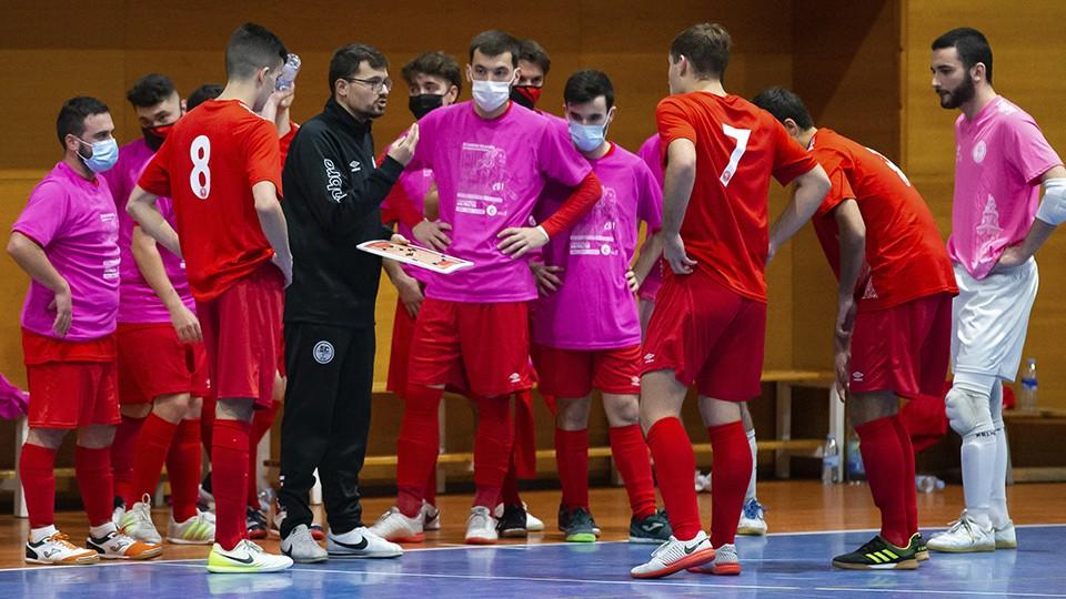 Sergi Blanco cierra su etapa como entrenador del senior de la Academia Red Blue 5 Coruña