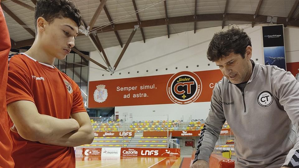 Amin junto a Duda, entrenador del Jimbee Cartagena.