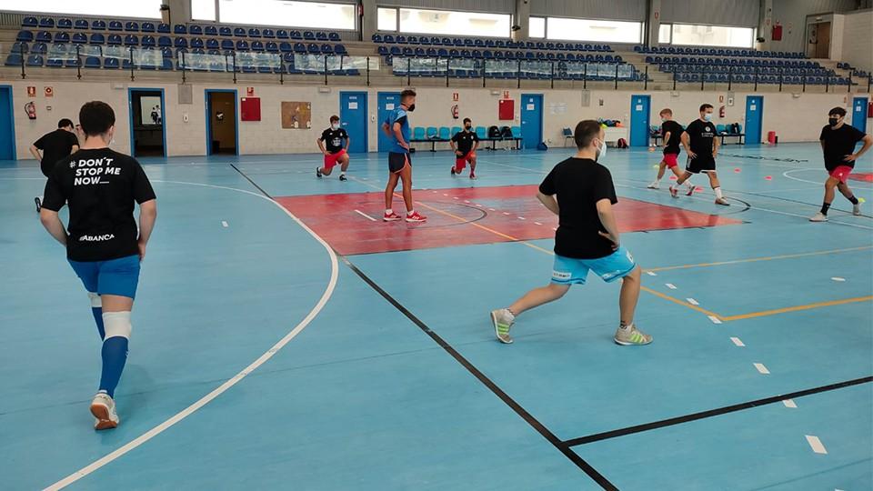La pretemporada de la Academia Red Blue 5 Coruña avanza a buen ritmo