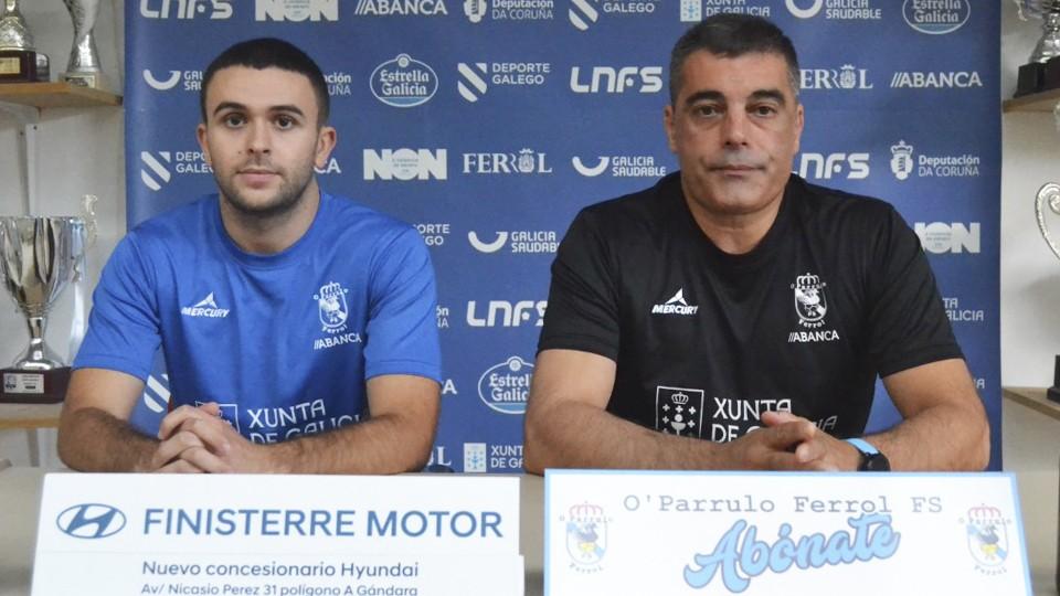 Miguel Caeiro y Óscar Vigo comparecen ante los medios de comunicación.