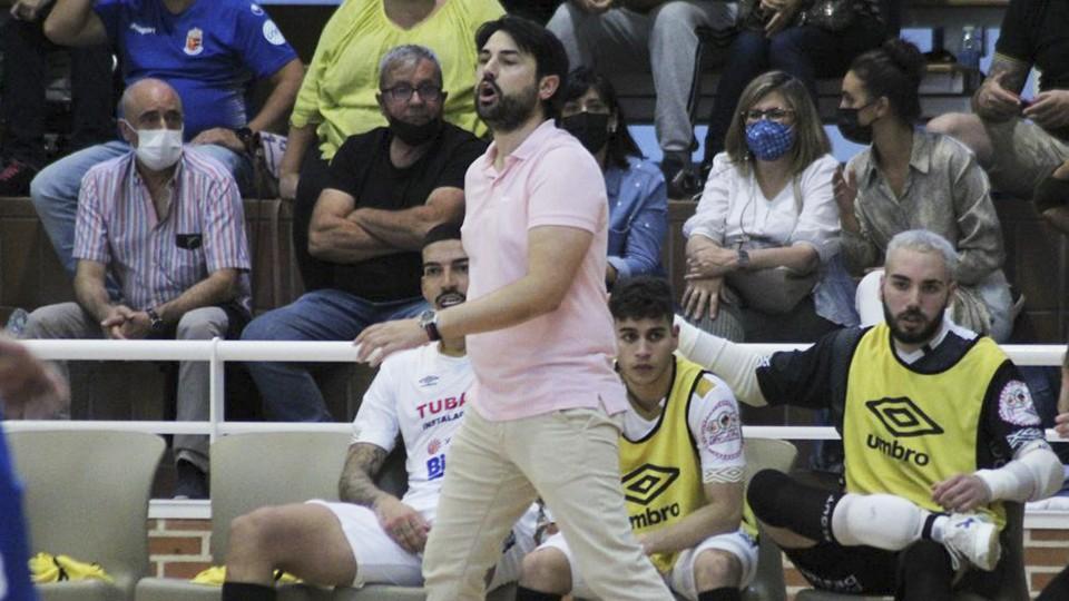 Marlon Velasco, entrenador del Noia Portus Apostoli.