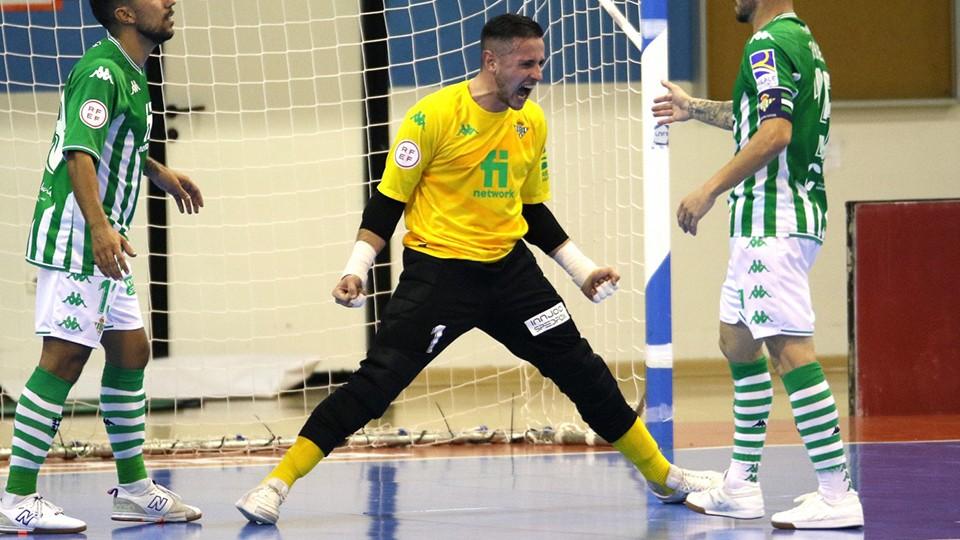 VÍDEO | Nico Sarmiento, el doble 'Guante de Oro' del Real Betis Futsal
