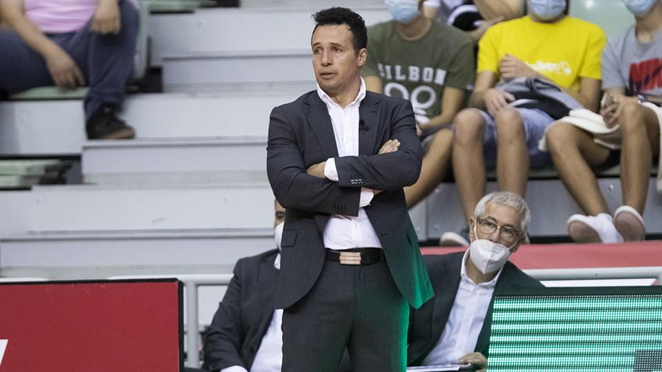 Diego Giustozzi, entrenador de ElPozo Murcia Costa Cálida, durante un partido