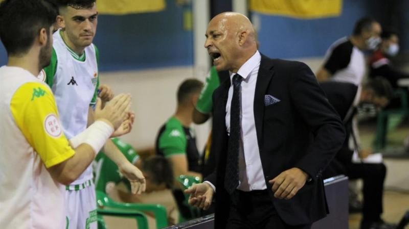 """Juanito: """"El equipo volvió a demostrar que está en muy buena línea"""""""