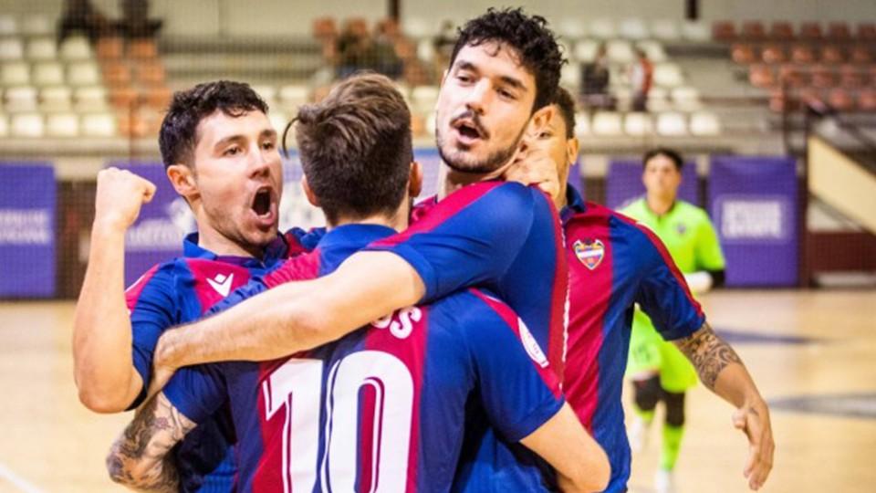 El Levante UD FS, sin complejos en su bautismo en la Champions ante el Zalguiris Kaunas